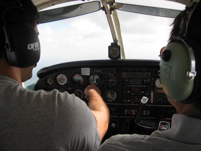 commercial pilot license training lancaster pennsylvania
